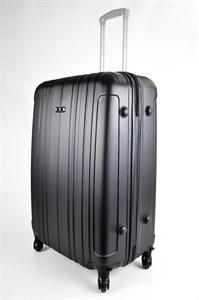 Чемодан большой пластиковый черный 02120