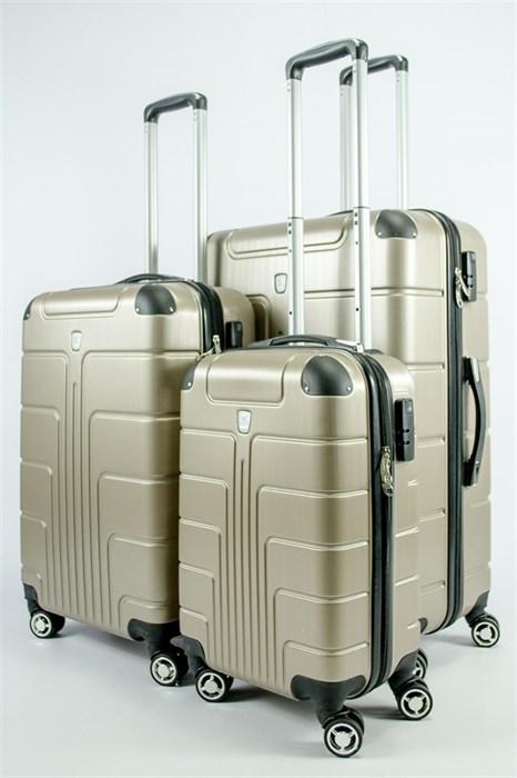 Комплект чемоданов из поликарбоната (PC) L+M+S - фото 54648