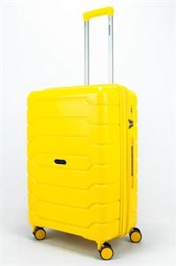 Чемодан средний PP (ромб. полосы) с расширением желтый